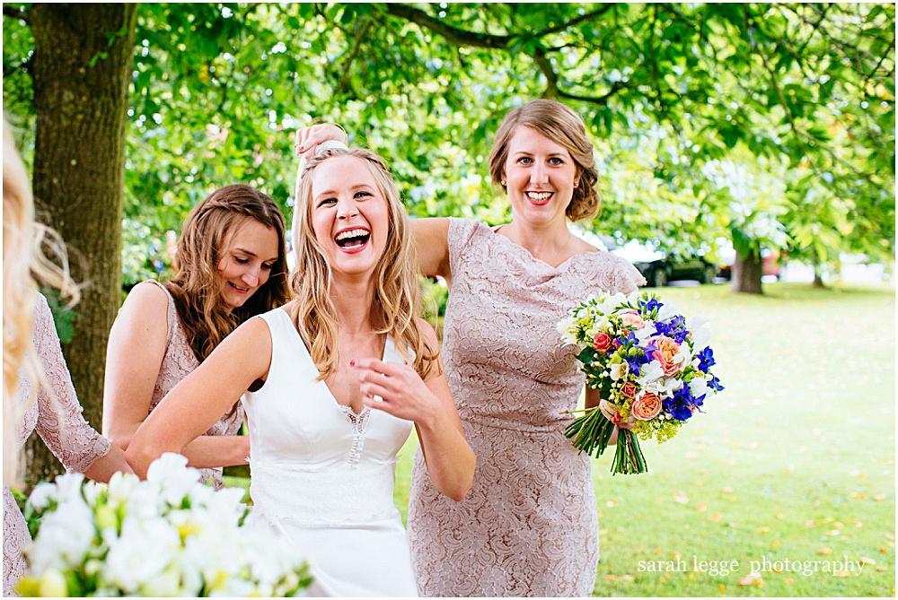 Bartholomew Barn wedding photography_0012