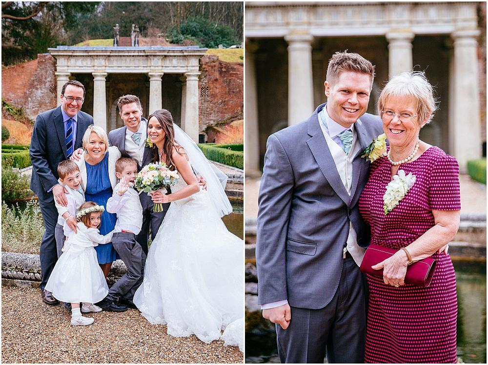 Relaxed family shots at wedding