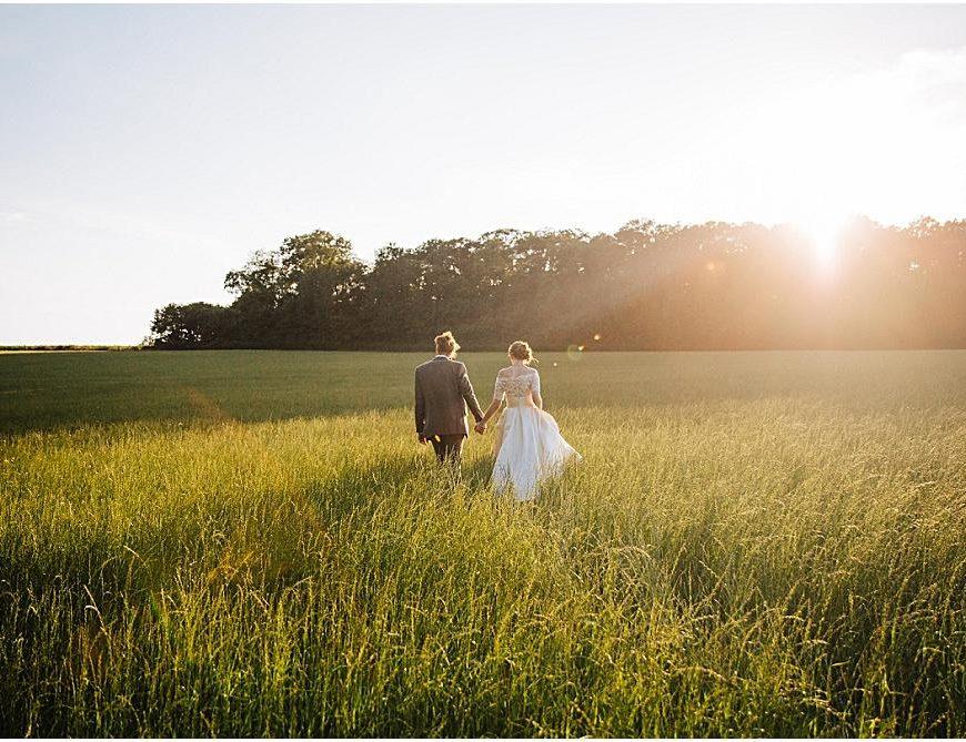 Sussex Wedding Photographer – Ellie & Matt's stunning Bartholomew Barn wedding