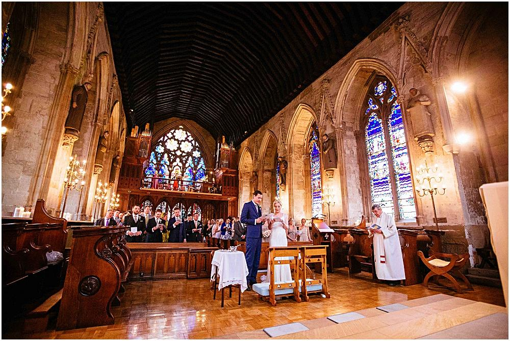 Stunning london church wedding st ethelred