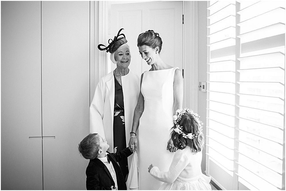 Emotional london wedding photography