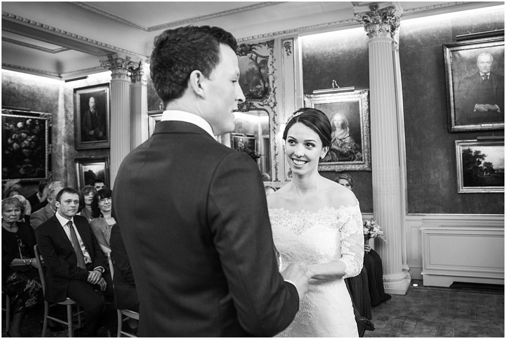 Hampshire wedding photographer_0524