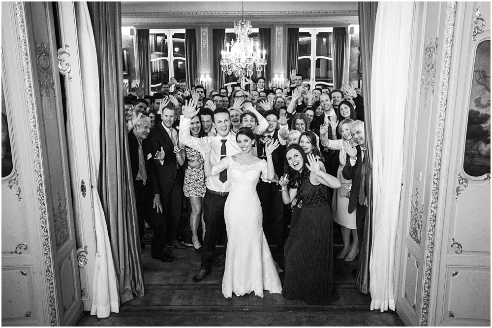 Fun photo of all guests at london wedding