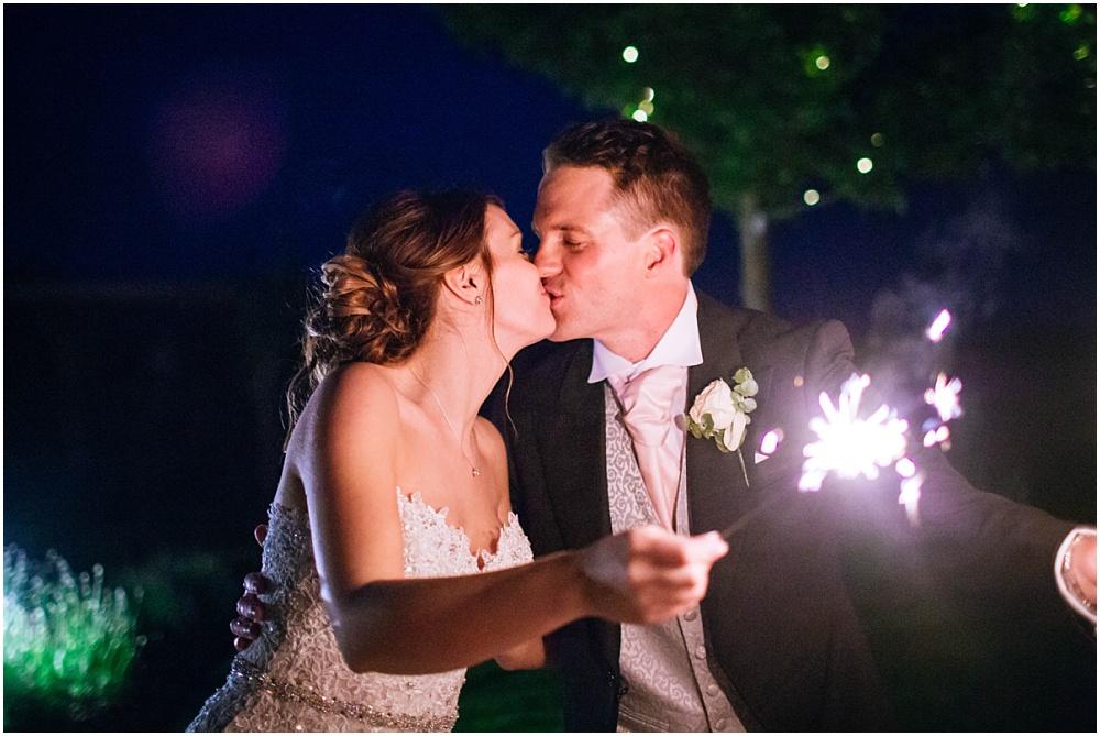 Sparklers kiss