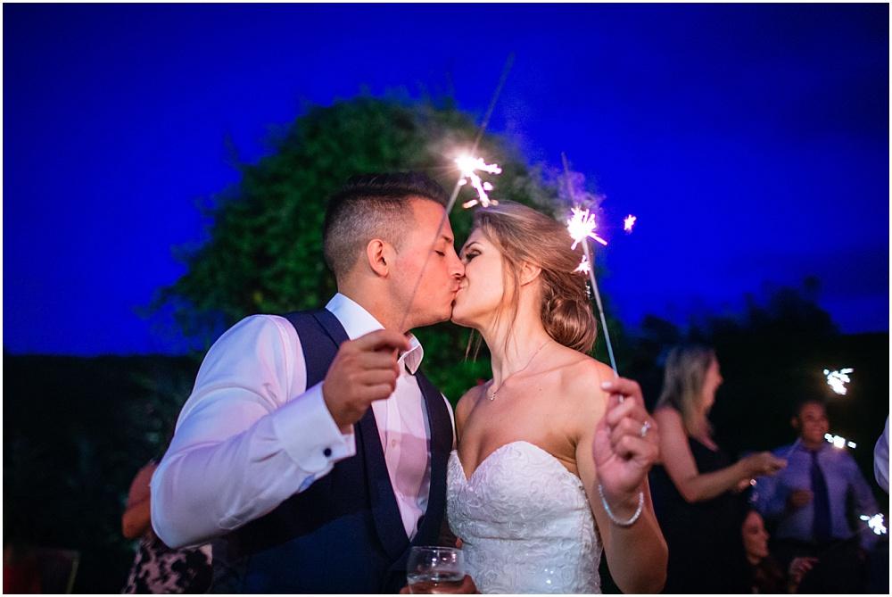 Sparkler kiss