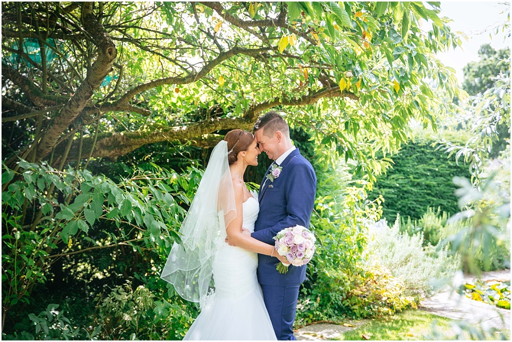 Micklefield Hall Wedding Photography – Gary & Helen's outdoor Hertfordshire wedding
