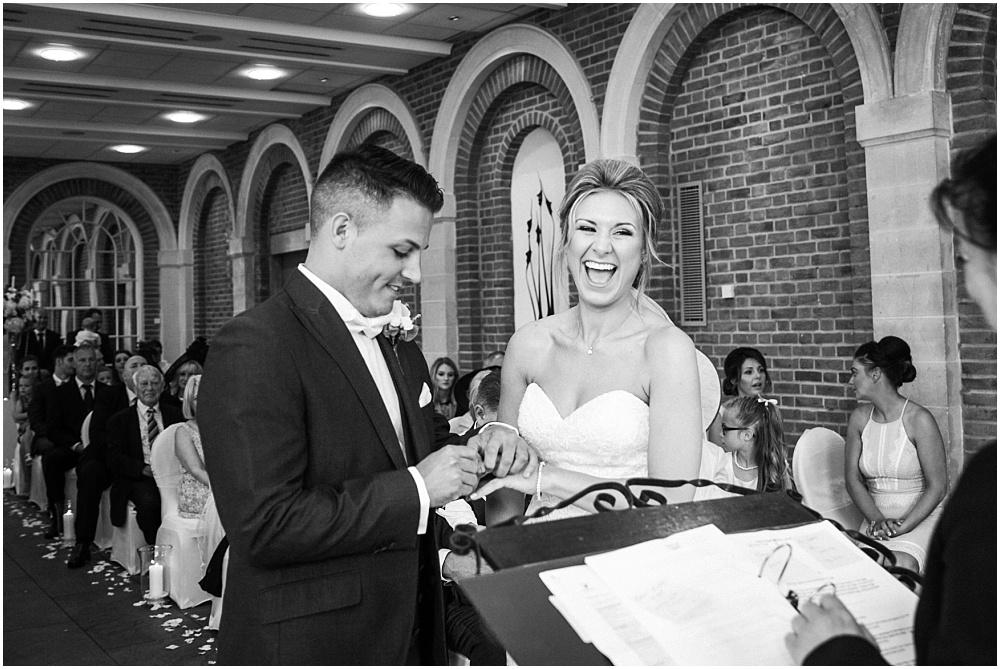 Surrey wedding photographer_0231