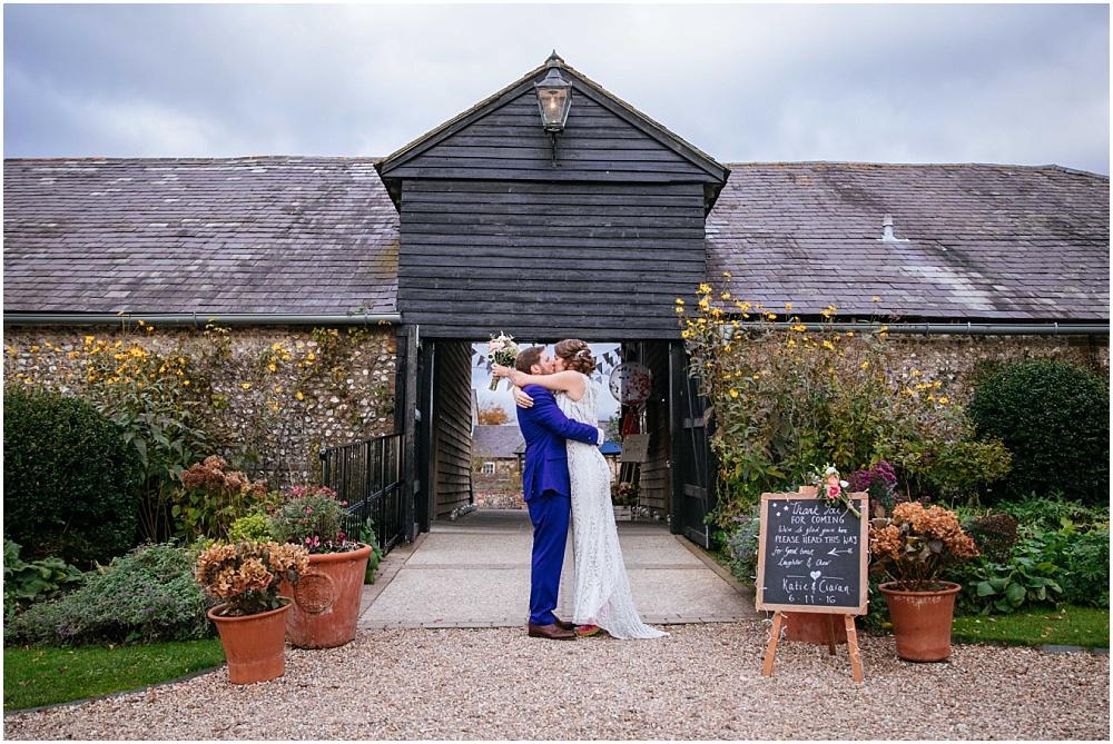 Surrey wedding photographer_0280