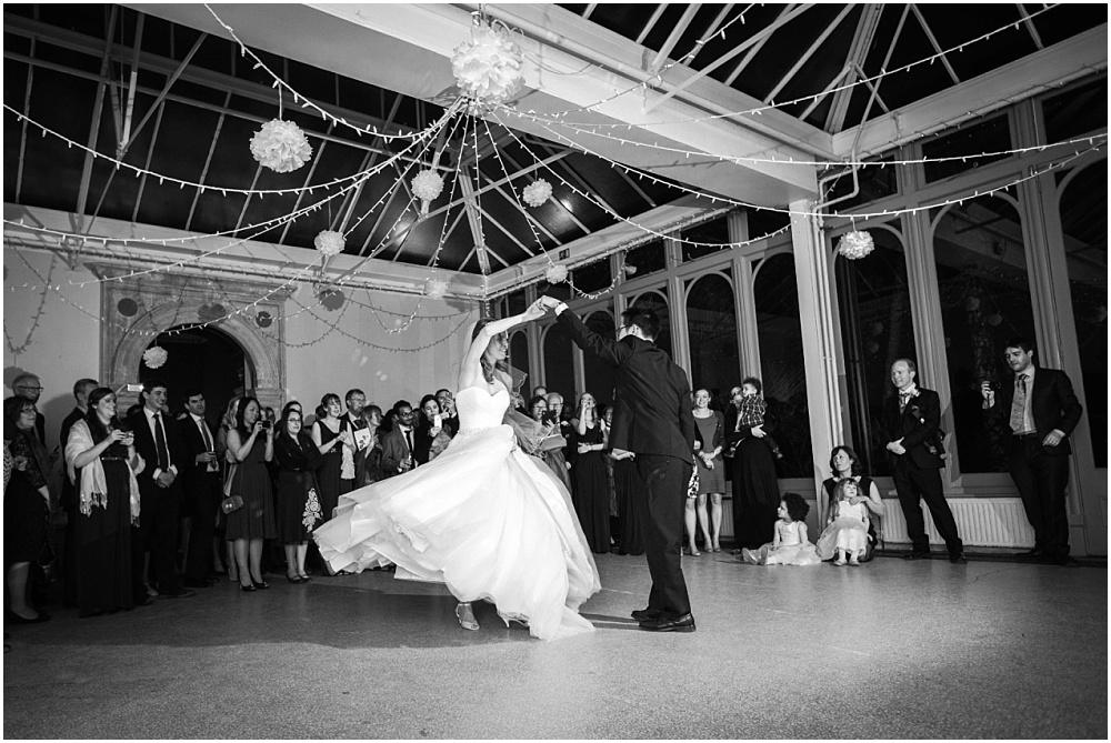 Surrey wedding photographer_0359