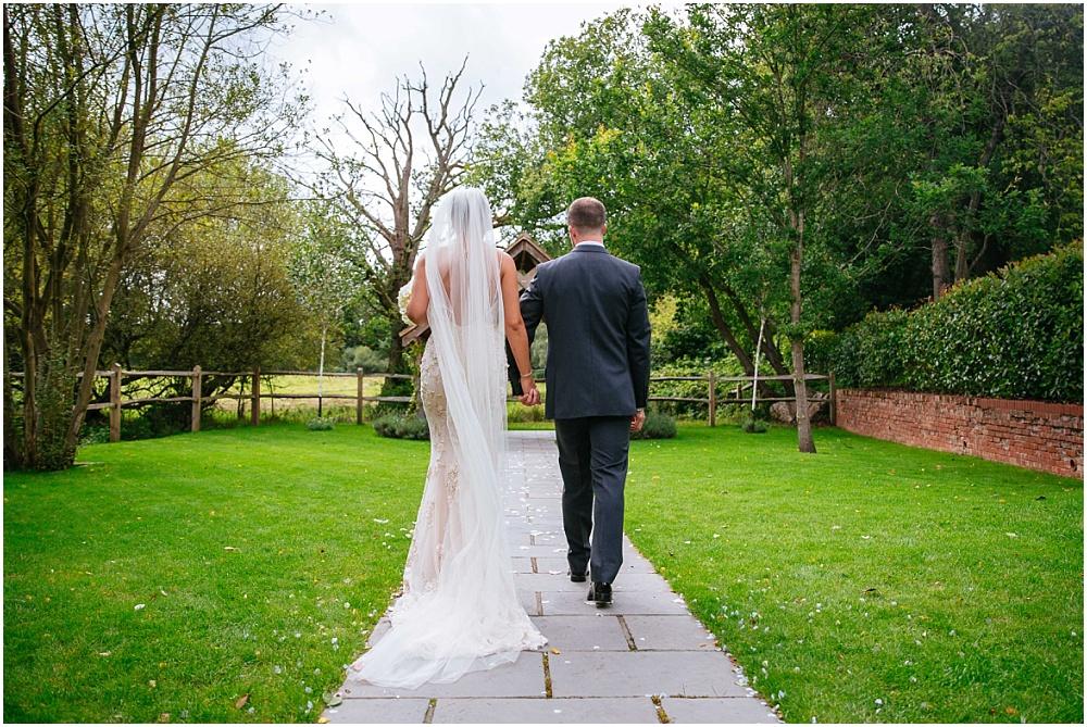 Surrey wedding photogapher
