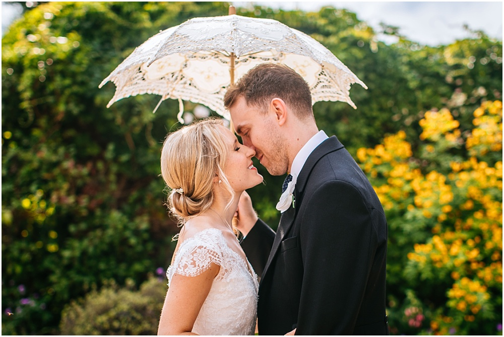 Hertfordshire Wedding Photographer – Alice & James' stunning marquee wedding
