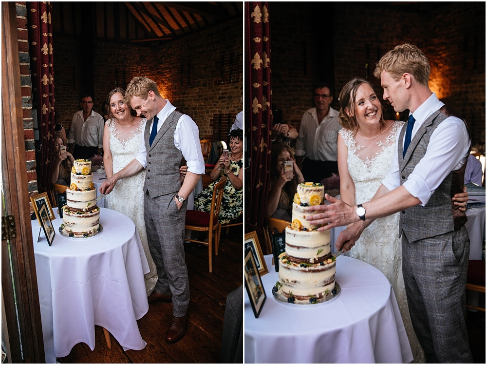 cutting the naked cake