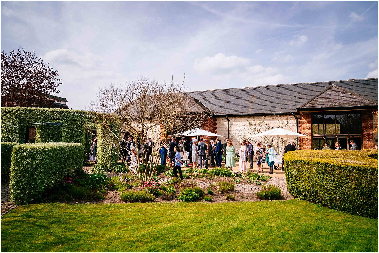 bury court barn blue sky drinks reception
