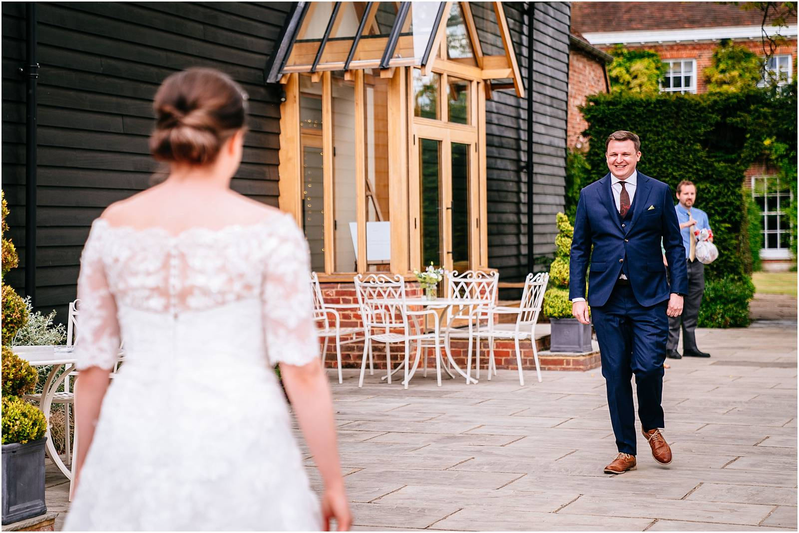 first look at Hertfordshire wedding