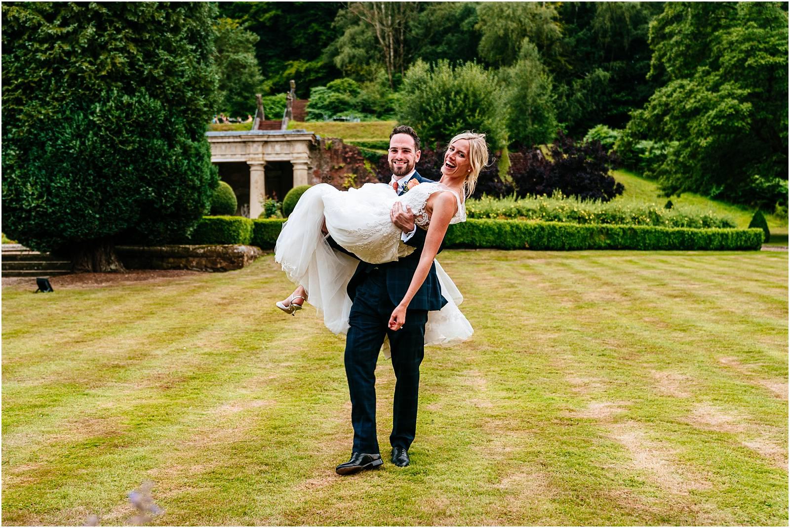 natural wedding photography