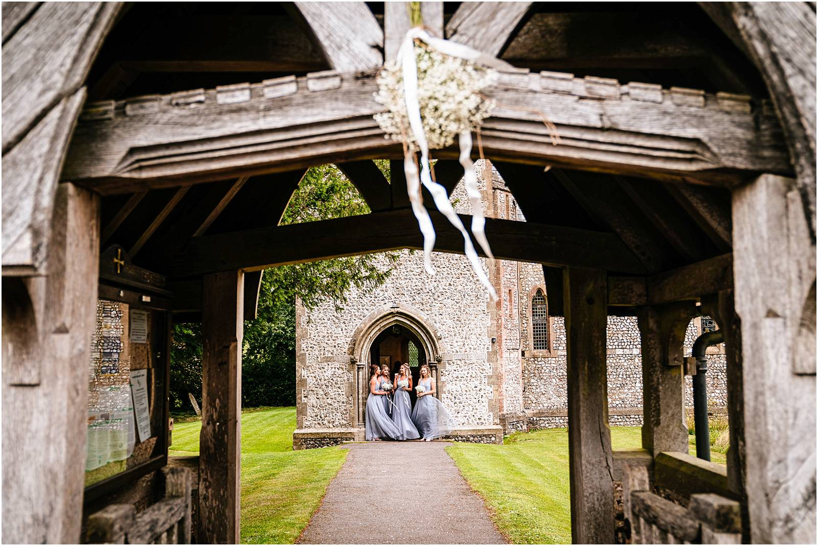 pretty church wedding in hampshire